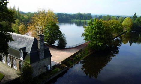 Parc du chateau de Flers et son étang - Orne