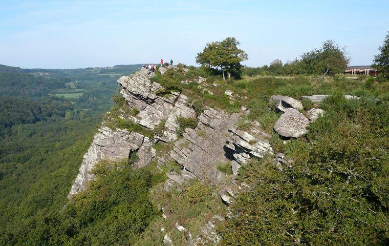 Panorama du site de la roche d'oetre dans l'Orne