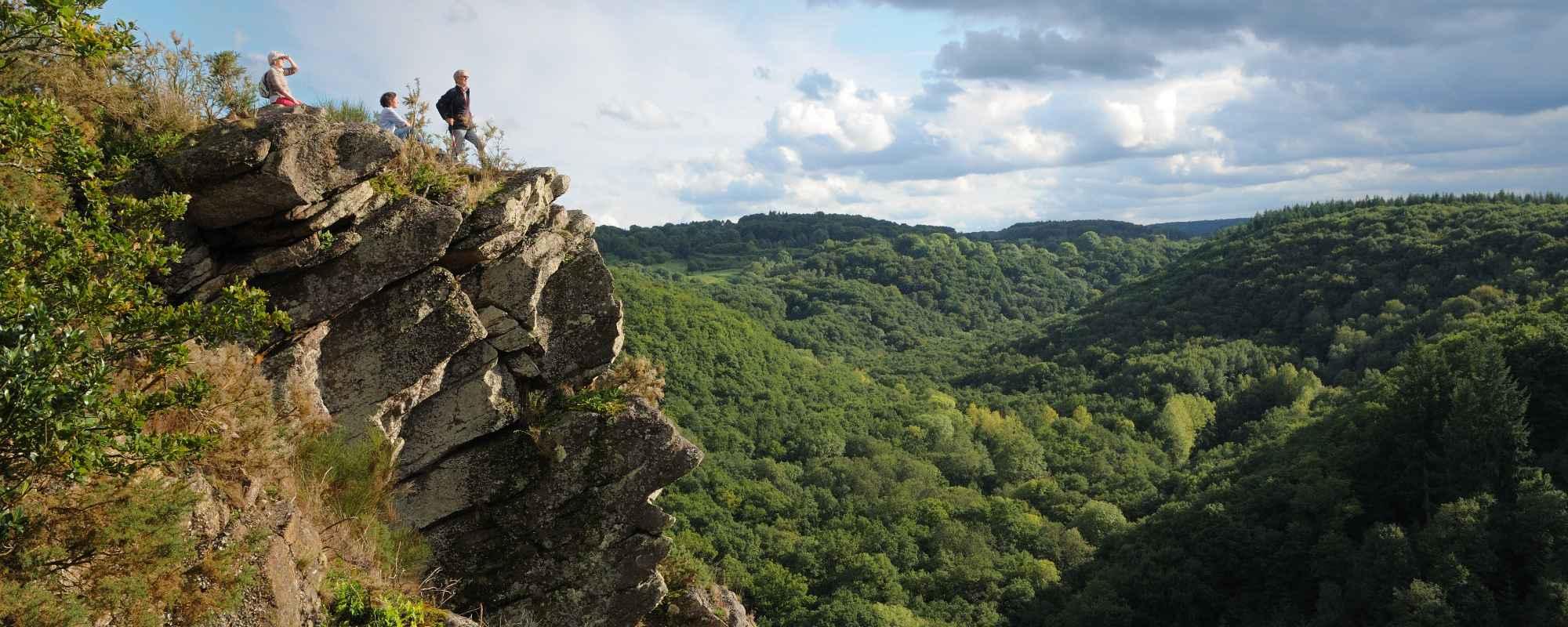 Profil humain, vallée de la Rouvre Roche d'Oëtre