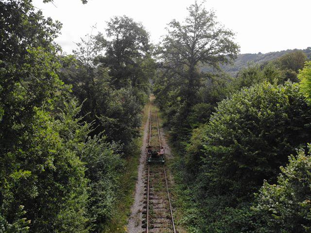 Vélorail des Collines Normandes, vue sur la voie ferrée